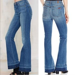 EUC 7 For All Mankind Ginger WideLeg Flare Jean 28